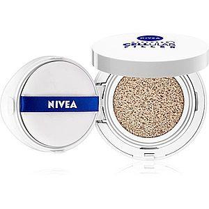Nivea Hyaluron Cellular Filler make-up v houbičce 3 v 1 odstín 02 Medium 15 g obraz